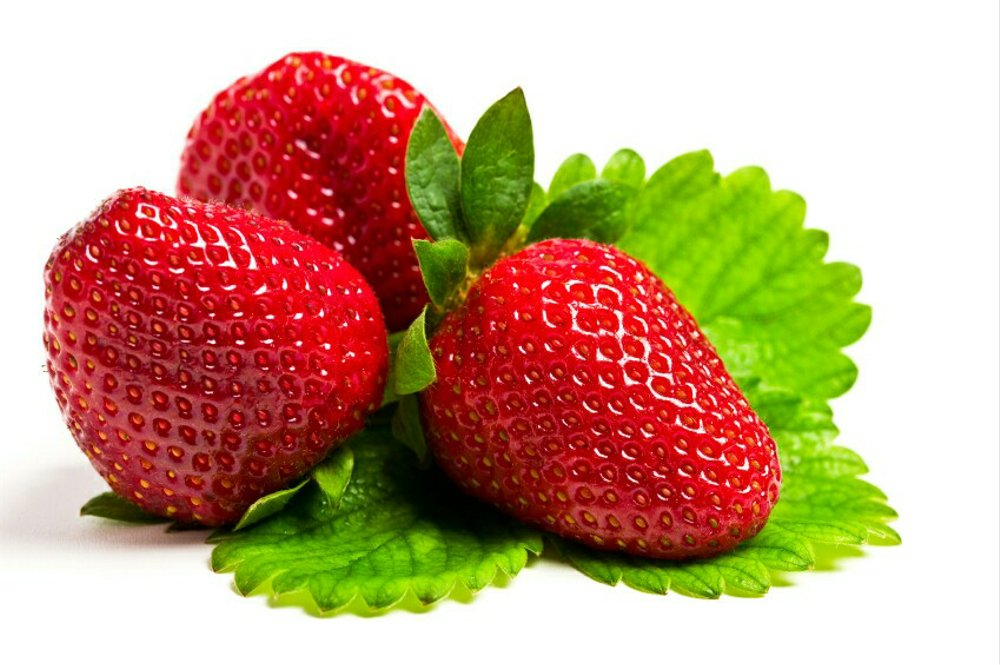 cara merawat strawberry agar berbuah besar
